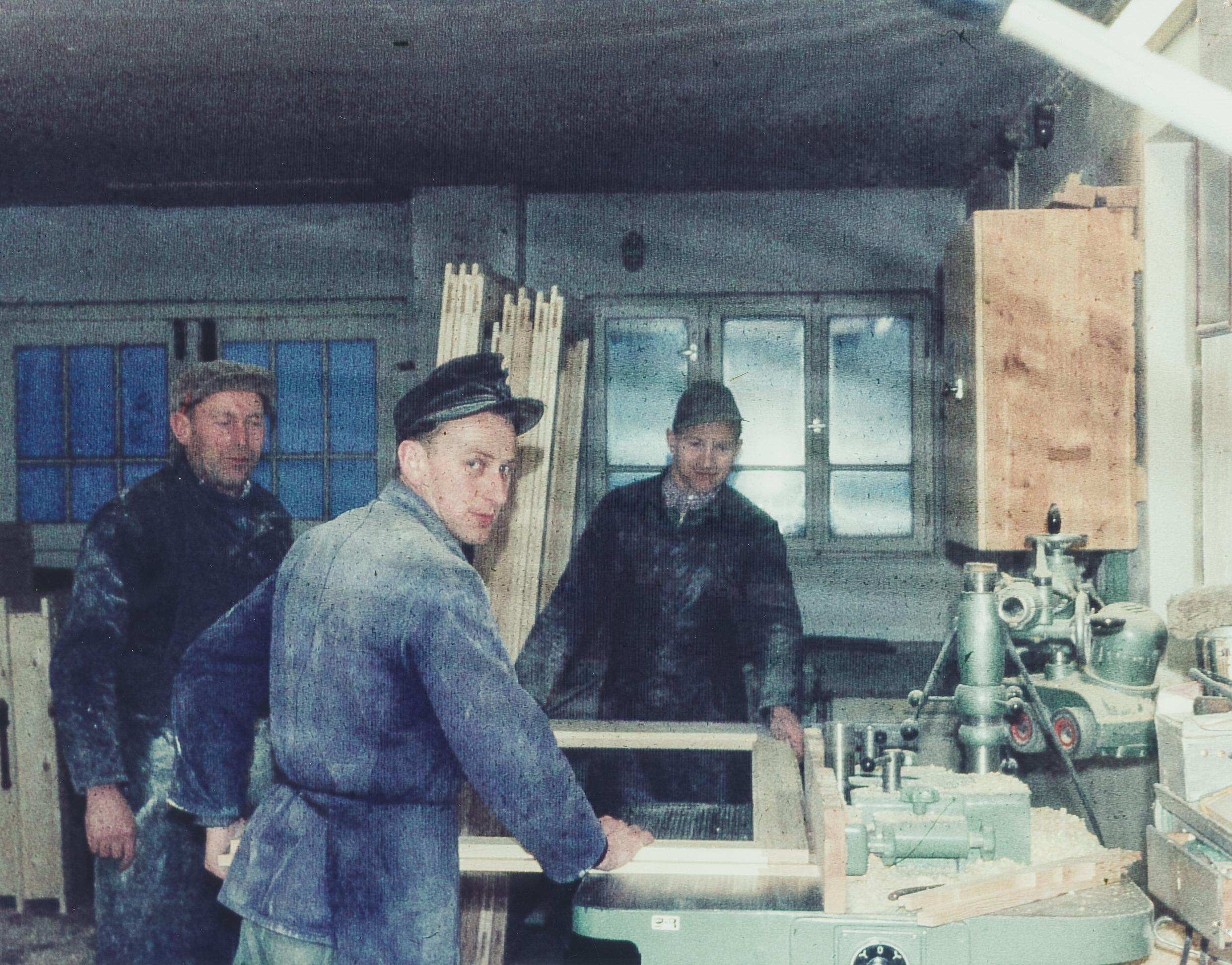 1983 Umwandlung zu GmbH